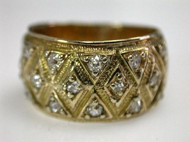 67425-April /Diamond Band Cynthia Findlay Antiques CFA120567