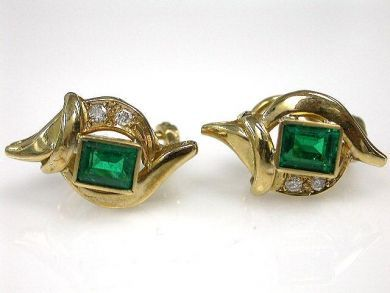 67425-April /Emerald Earrings Cynthia Findlay Antiques CFA120449