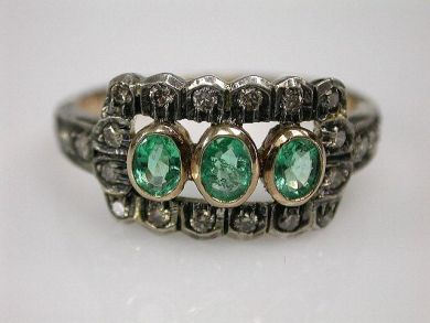 67425-April /Emerald and Diamond Ring Cynthia Findlay Antiques CFA1205111