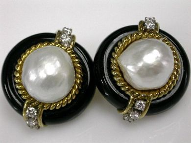 67425-April /Pearl and Onyx Earrings Cynthia Findlay Antiques CFA1205166