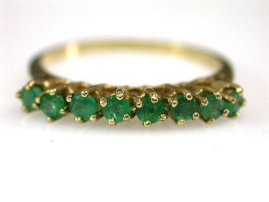 67528-Emeralds/Emerald Band Cynthia Findlay Antiques CFA120520