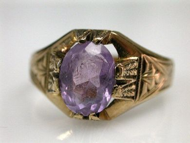 67700-June/Antique Amethyst Ring Cynthia Findlay Antiqeus CFA1205362