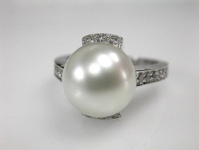 67700-June/Pearl Ring Cynthia Findlay Antiques CFA1206103
