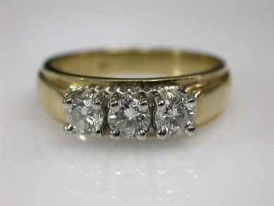 67700-June/Three Stone Diamond Ring Cynthia Findlay Antiques CFA1206135