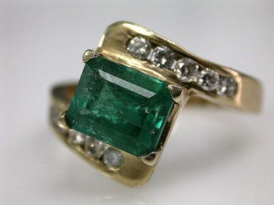 67711-June /Emerald Ring Cynthia Findlay Antiques CFA1205348