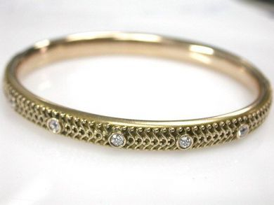 67948/Hinged Bangle Cynthia Findlay Antiques CFA1209211