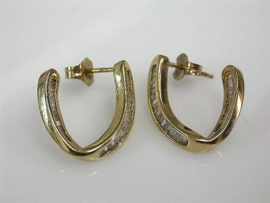 68172-July /Diamond Earrings Cynthia Findlay Antiques CFA1206185
