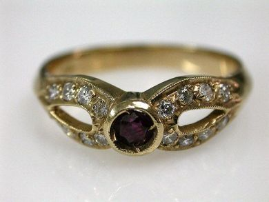 68172-July /Ruby Ring Cynthia Findlay Antiques CFA120610