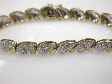 68397-July /Diamond Bracelet Cynthia Findlay Antiques cfa1207136