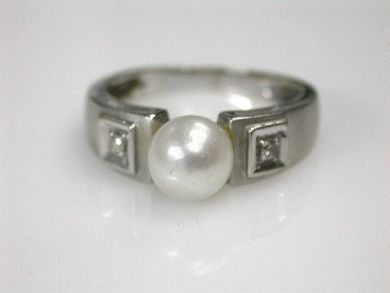 68397-July /Pearl Ring Cynthia Findlay Antiques CFA120764C