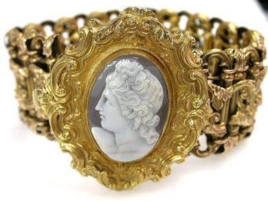 68397-July /Victorian Cameo Bracelet Cynthia Findlay Antiques CFA1207157