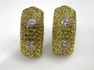 68450-August/Diamond Earrings Cynthia Findlay Antiques CFA1207175