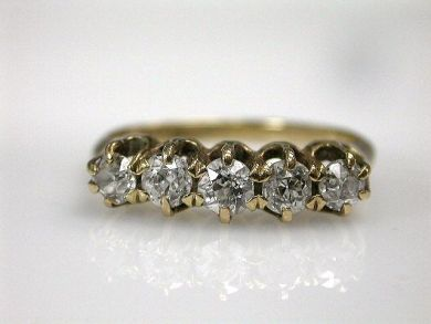68450-August/Diamond Ring Cynthia Findlay Antiques CFA1207216