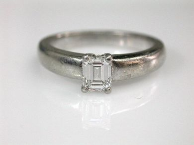 68450-August/Diamond Solitaire Cynthia Findlay Antiques CFA1207300