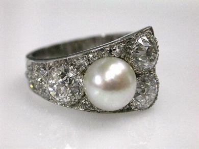 68450-August/Pearl Ring Cynthia Findlay Antiques CFA1207202