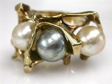 68450-August/Pearl Ring Cynthia Findlay Antiques CFA1207235