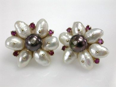 68518-September/Pearl Earrings Cynthia Findlay Antiques CFA1207361