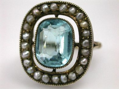68668-March/Antique Aquamarine Ring Cynthia Findlay Antiques CFA120882