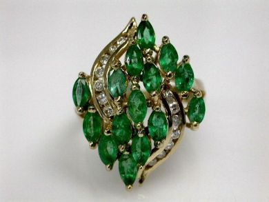 68668-March/Emerald Cluster Ring Cynthia Findlay Antiques CFA1207228