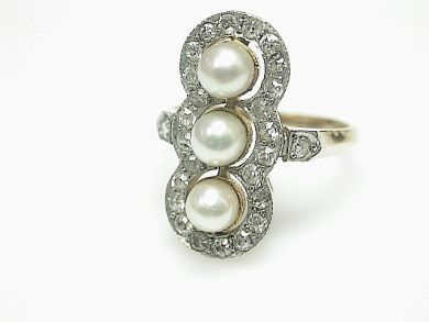 68668-March/Pearl Ring Cynthia Findlay Antiques CFA130351