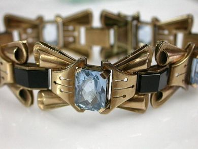 68668-March/Retro Aquamarine Bracelet Cynthia Findlay Antiques  CFA120894