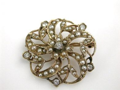 68700-September/Pearl Brooch Cynthia Findlay Antiques CFA1208239
