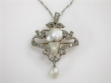 68700-September/Pearl Pendant Cynthia Findlay Antiques CFA1208241