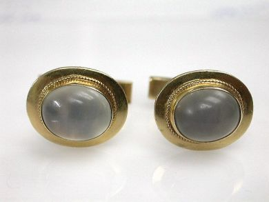 68712-November/Moonstone Cufflinks Cynthia Findlay Antiques CFA120920