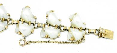 69010-October/Baroque Pearl Bracelet Cynthia Findlay Antiques 092912 56