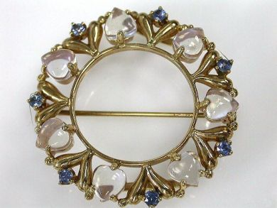 69101-November/Moonstone Brooch Cynthia Findlay Antiques CFA121057