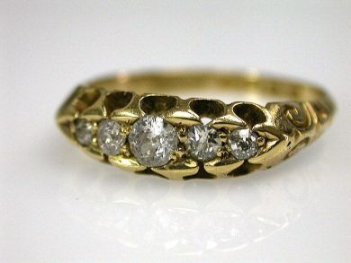 69200-November/Antique Diamond Ring Cynthia Findlay Antiques CFA1210183