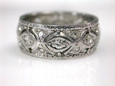 69200-November/Diamond Band Cynthia Findlay Antiques CFA1210370