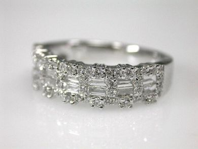 69367-December/Diamond Band Cynthia Findlay Antiques CFA1211290