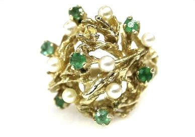 Vintage Emerald and Pearl Ring