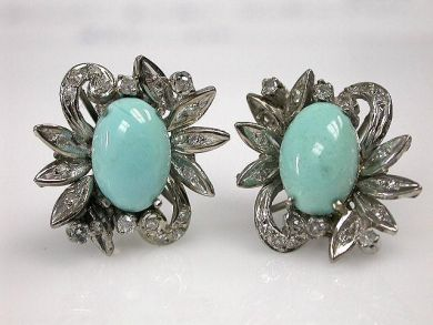 69367-December/Turquoise Earrings Cynthia Findlay Antiques CFA1210397