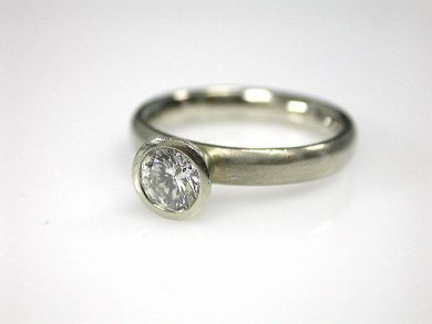 69790-updates/Diamond Solitaire Cynthia Findlay Antiques CFA1212346