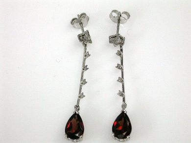 69795-January/Garnet and Diamond Drop Cynthia Findlay Antiques CFA1212169