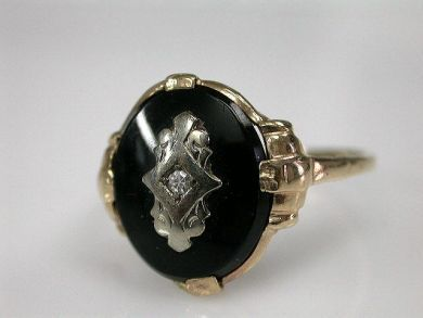 70024-January/Onyx and Diamond Ring Cynthia Findlay Antiues CFA1212317