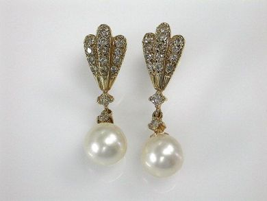 70024-January/Pearl Drop Earrings Cynthia Findlay Antiques CFA1212322