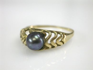 70151-February/Pearl Ring Cynthia Findlay Antiques CFA130201