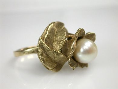70326-February/Floral Pearl Ring Cynthia Findlay Antiques CFA1301263