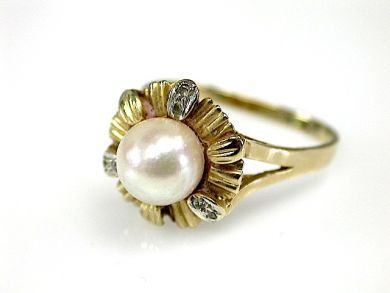 70326-February/Pearl Solitaire Cynthia Findlay Antiques CFA1301224