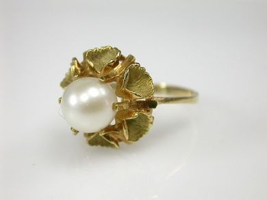 70326-February/Pearl Solitaire Cynthia Findlay Antiques CFA1301239