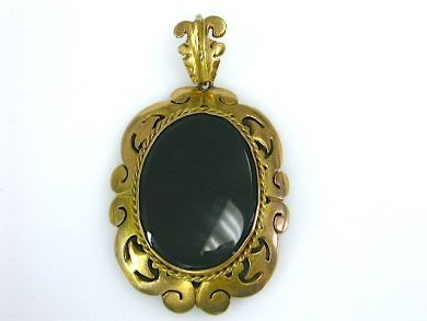 70397-February/Onyx Pendant Cynthia Findlay Antiques CFA130274