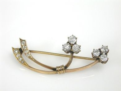70649-March/Diamond Floral Brooch Cynthia Findlay Antiques CFA130323