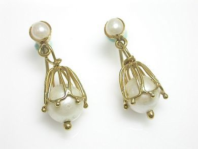70649-March/Pearl Drop Earrings Cynthia Findlay Antiques CFA130334