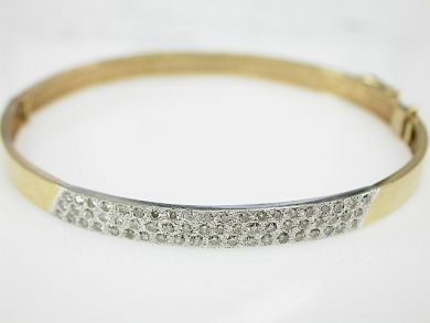 70857-March/Diamond Bangle Cynthia Findlay Antiques CFA1303201
