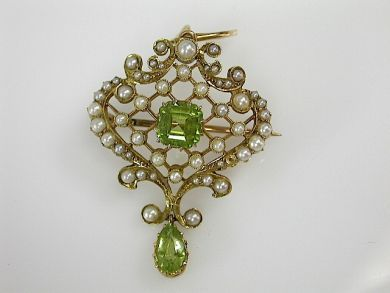 70857-March/Seed Pearl and Peridot Pendant Cynthia Findlay Antiques CFA1303210