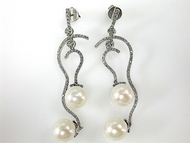 70876-March/Pearl Drop Earrings Cynthia Findlay Antiques CFA1303253