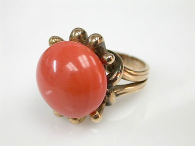 70925-April/Coral Solitaire Cynthia Findlay Antiques CFA130428